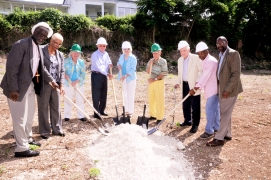 QUEEN'S COLLEGE BREAKS GROUND FOR NEW CLASSROOM BLOCK